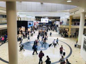 ミネアポリス空港 ラウンジ